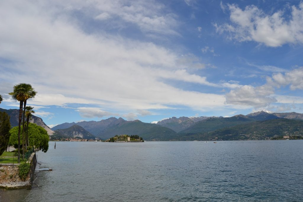 Islandview, Isola Bella (center) and Isola Madre (at very right)