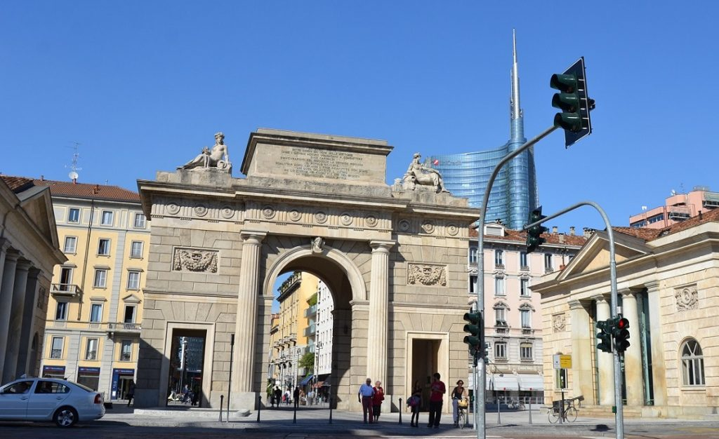 Porta Garibaldi mit Unicredit