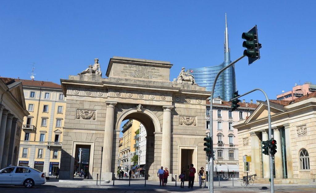 Porta Garibaldi mit Unicredit