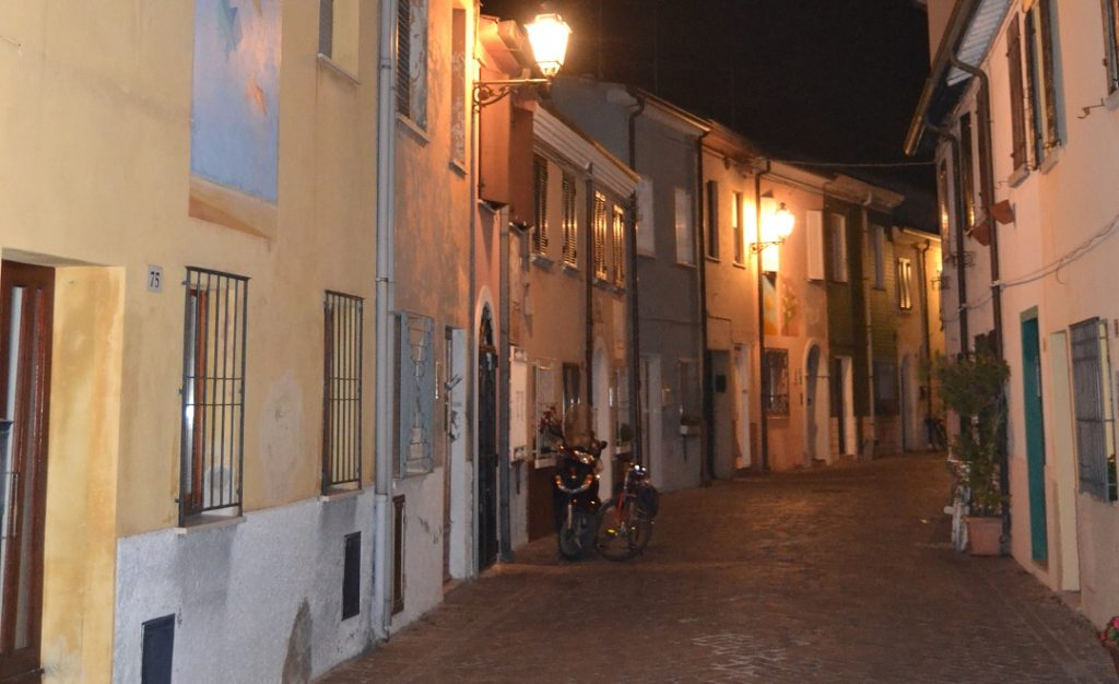 Rimini Borgo bei Nacht