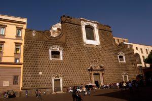Auf der Piazza Gesù Nuovo
