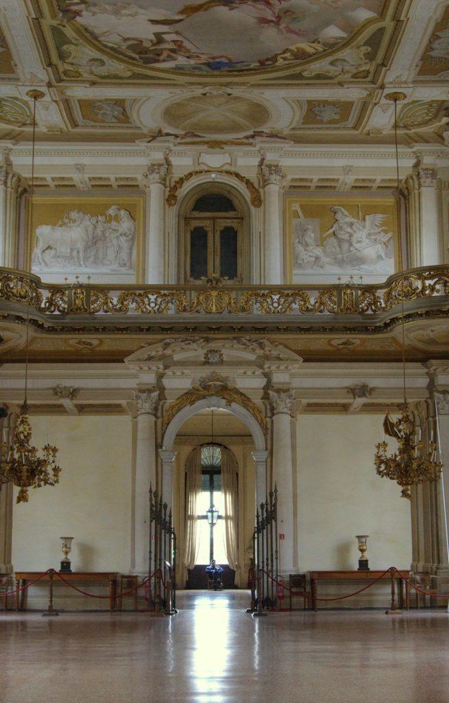 Villa Pisani Ballsaal