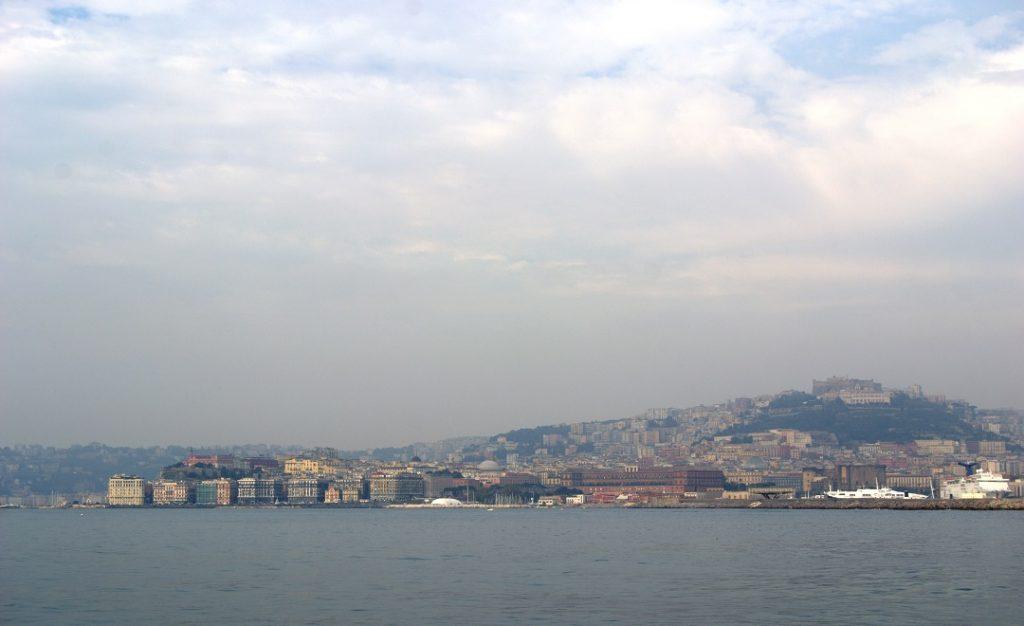 Neapel vom Golf gesehen