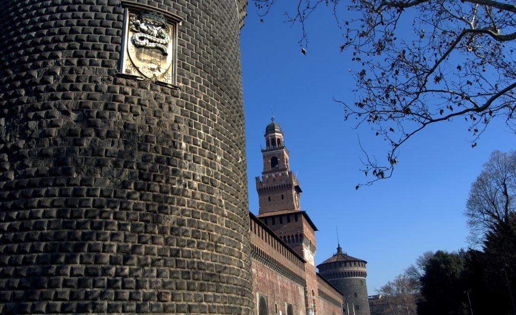 Castello Sforzesco mit Wappen